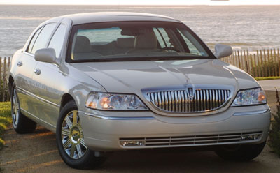 2003 lincoln town car review. Black Bedroom Furniture Sets. Home Design Ideas