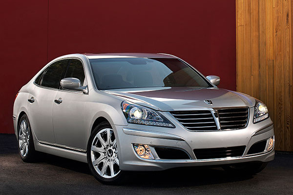 2013 Hyundai Equus Review