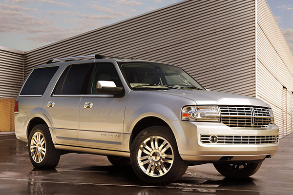 2013 lincoln navigator review. Black Bedroom Furniture Sets. Home Design Ideas