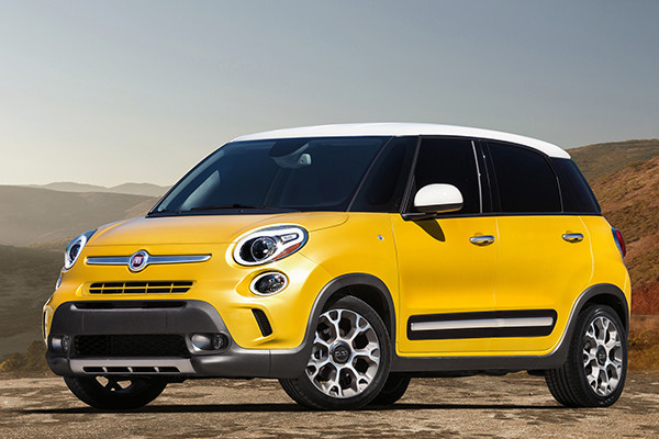 2014 fiat 500l review. Black Bedroom Furniture Sets. Home Design Ideas