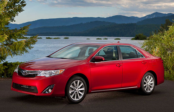 2014 toyota camry review. Black Bedroom Furniture Sets. Home Design Ideas