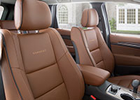 15-grandcherokee-interior-seats