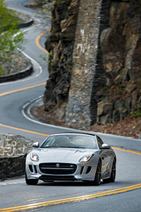 2016-f-type-driving