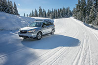 2016-forester-driving