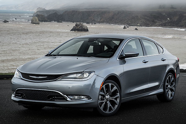 2016 Chrysler 200 Review