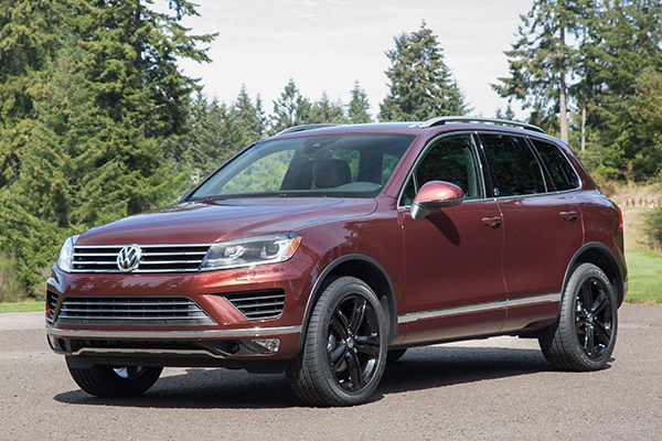2017 volkswagen touareg newcartestdrive. Black Bedroom Furniture Sets. Home Design Ideas
