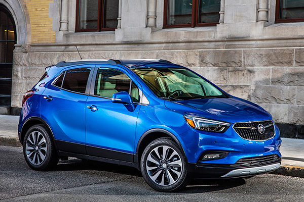 2018 buick encore newcartestdrive for Buick encore vs honda hrv